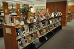 DiMenna-Nyselius Library, Main Floor, Popular Reading Collection